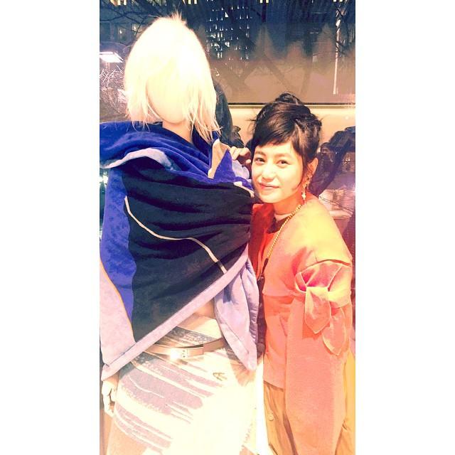 Hi!!マネキンちゃん一緒に撮ろー♡の図#loewe #loewe_elle #fashion #party #izumi #ellegirl #orange #wear