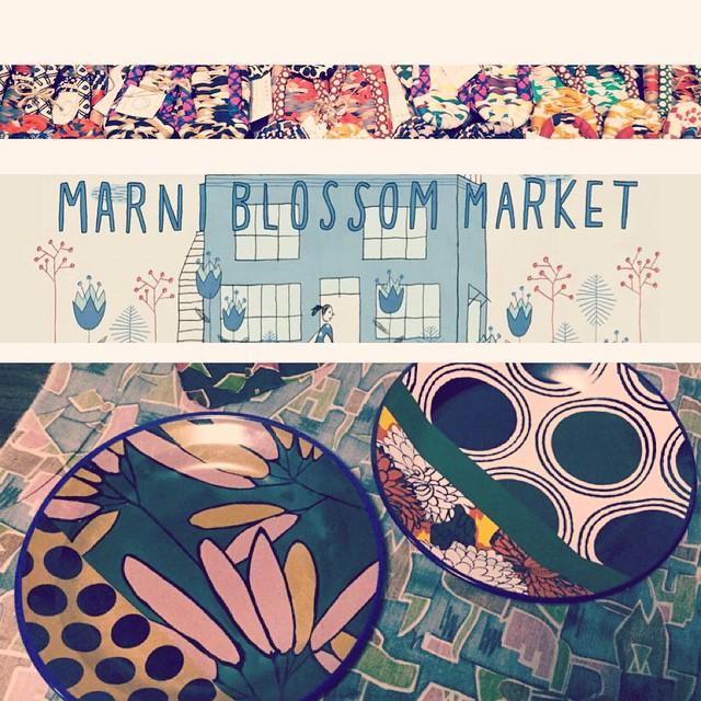 昨日Getしたお皿たち!ネックレスはどこで作れるんですか?って質問があったので、今日3日〜5日までライトボックススタジオ青山でこのMARNI BLOSSOM MARKETが開催されてるよ!限定品多数でMARNIファンの私にはたまらなかったー#marni #marniblossommarket #aoyama #flower #fashion #お皿