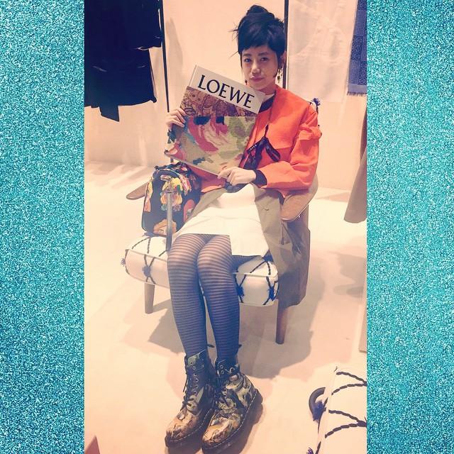 素敵な空間にドキドキ#loewe #loewe_elle #izumi #fashion #wear #ellegirl #elle #coordinate #ootd #outfit