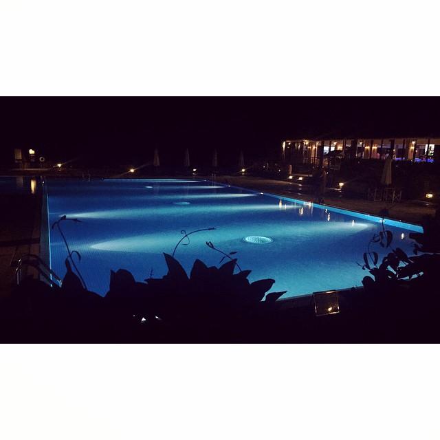 夜のプールは美しいGood Night...︎ #ellegirl_clubmed #ellegirlcurator #クラブメッド#rayban#ishigaki #okinawa#holiday#clubmed#trip#石垣島#沖縄#japan #ellelovesokinawa #island