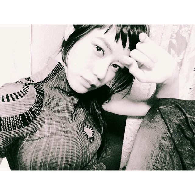 クールな顔で写真をモノクロにしたら、性別が変わりそうだ笑#izumi #fashion #hair