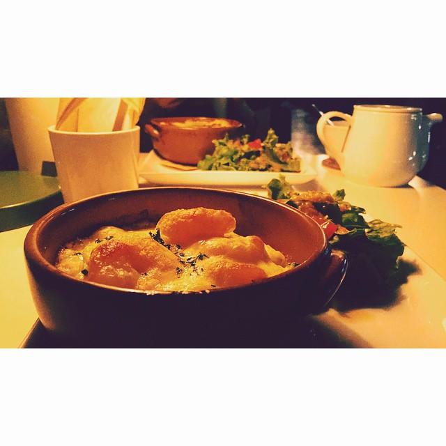 久々に会った友達と♡笑いすぎて腹筋がいたい!泣きすぎた!笑やっぱり会うと元気をもらうね♡ありがとう,さやか♡#cafe #dinner #friends #love