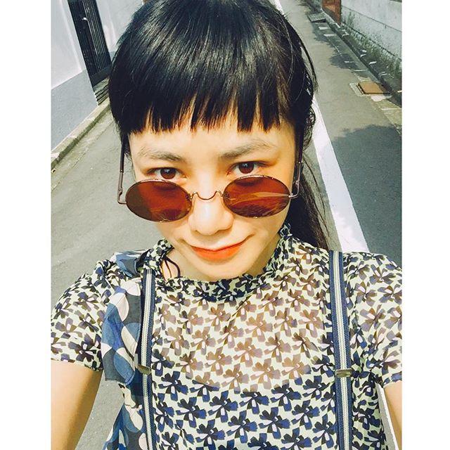 今日も暑かったね〜!︎︎︎顔が険しい #summer #hot #day #sungrasses #emoda #zara #fashion #ootd