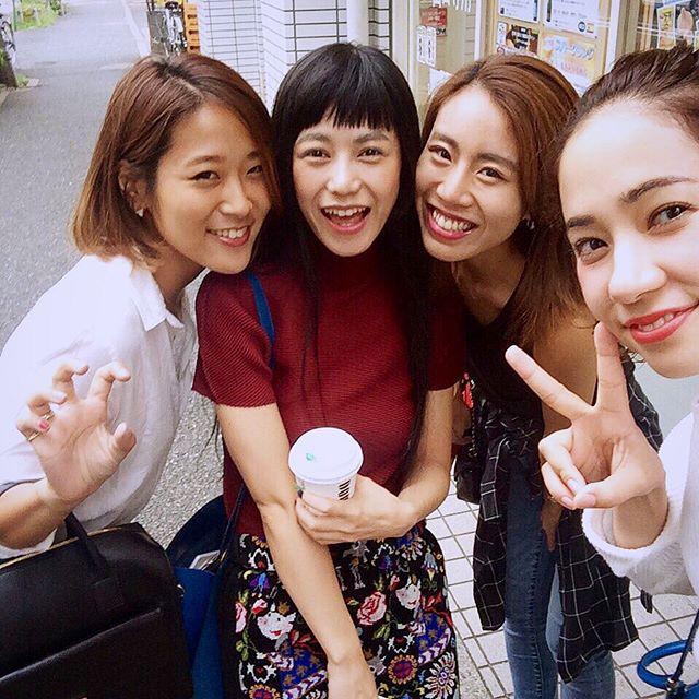 先に撮影を終えたみんなにバッタリ会えたぁ️@ellegirl_jp #ELLEgirl #online #shooting #curators #fashion #fall #snap