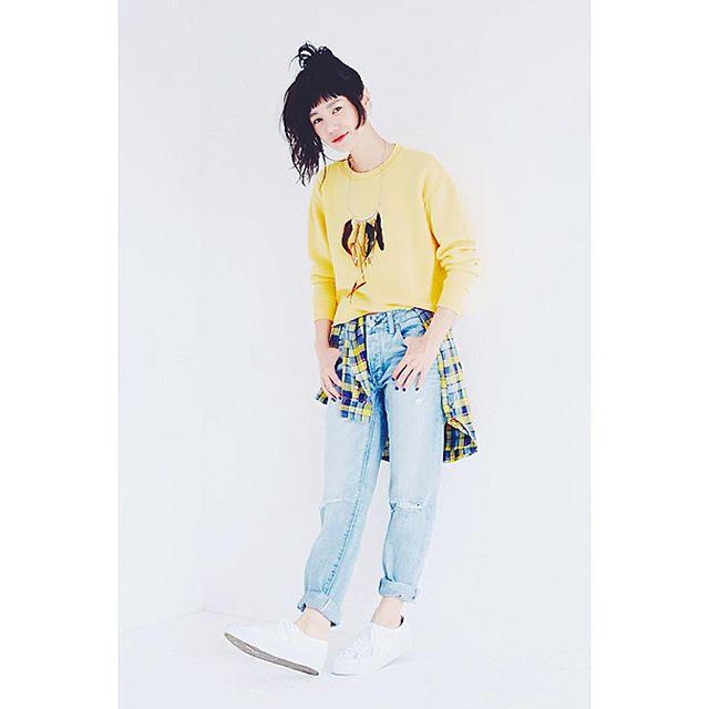ELLEgirlキュレーター4名が、@americaneaglejp でフルコーデを組んだよ♡私のスタイリングはこちら!今回はなんと、、、フルコーデをプレゼント企画だよ〜!参加はめちゃ簡単♡次の投稿に載せるね️️ #ELLEgirl#online#americaneagle#coordinate #fashion#ELLEGIRLAEO