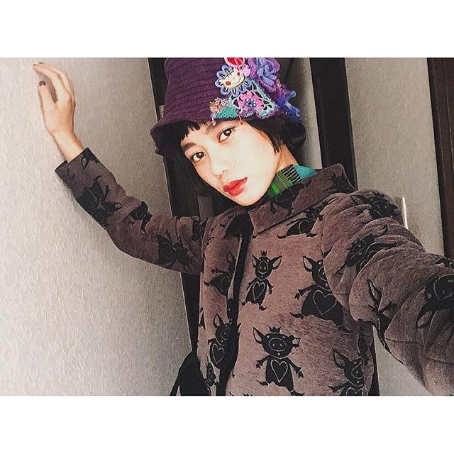 FouFouiLLE party には、数年前のALBEROBELLOのHatに、新作のALBEROBELLOのジャケットを♡♡♡ #IZUMIsfashion #ALBEROBELLO#FouFouiLLE #fashion#ootd#outfit#fw#hat#jacket