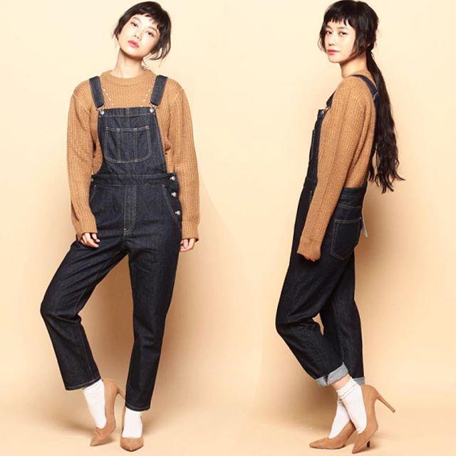 なかなか私服でヒールを履かなくなっちゃったなぁ歩きやすいパンプスが欲しいなぁ。♡ #fashion#coordinate#work#shoot#denim#fall