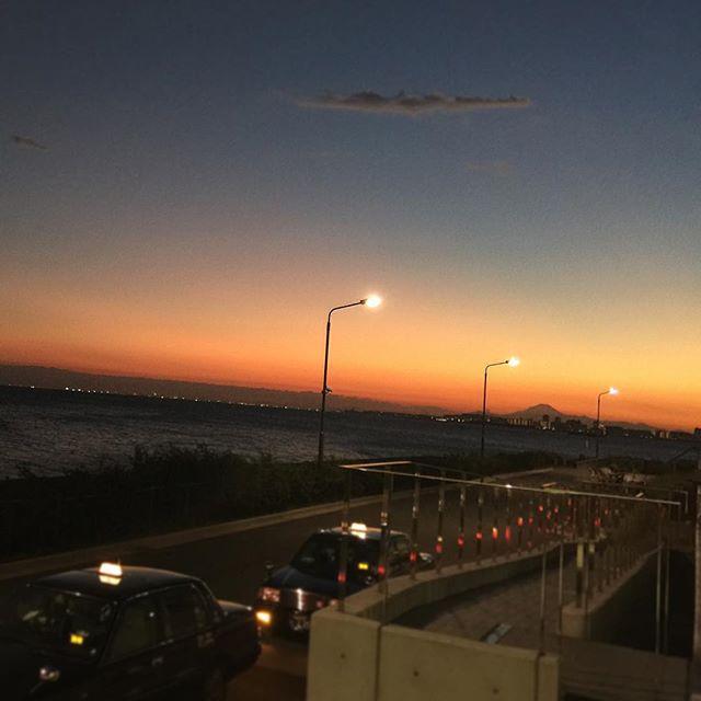 とっても綺麗な夕焼けが見れた今日もお疲れ様でした️ #夕焼け