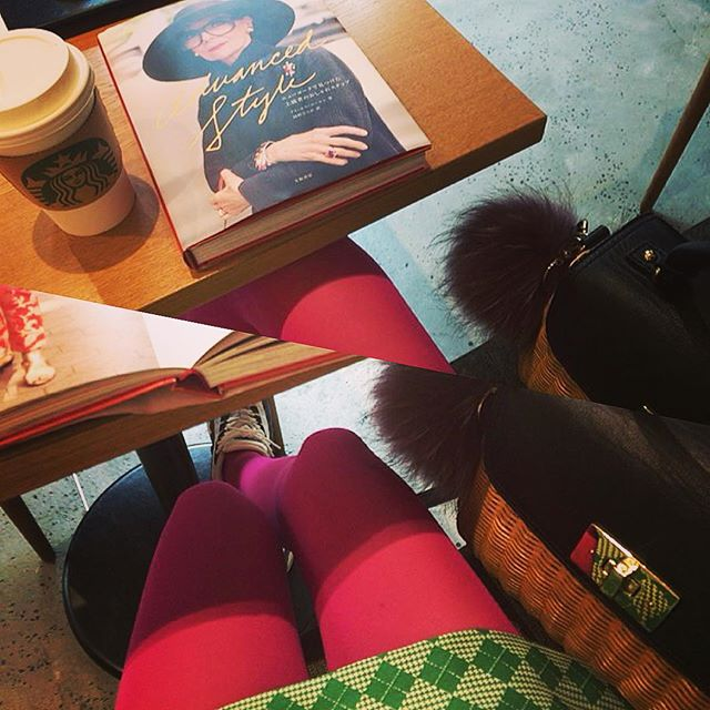 日本のファッションやヘアケアについて、少しは伝えられたかな?英語頑張らねば #fashion#mademoiselletara #skirt#pink#green#bag#starbucks#katespade#fw#fur#frula