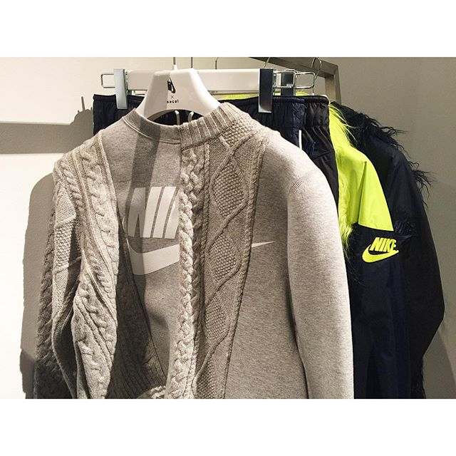 可愛いアイテムたくさんです明日ローンチだよ〜 #nike#sacai#fw#fashion