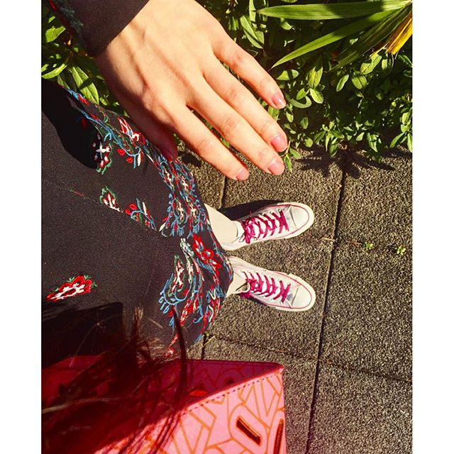 pink.pink.pink....#IZUMIsfashion #fashion#ootd#outfit#coordinate#nail#bag#converse #kenzo
