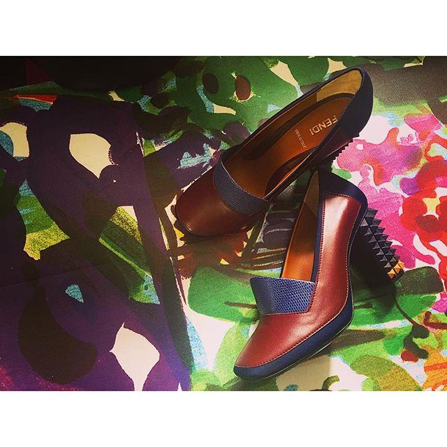 今日は珍しくヒールを。...#shoes#heel #fendi#IZUMIsfashion