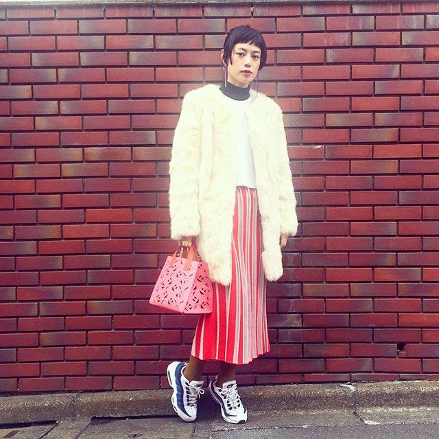 @o0mame0o のスカートを履いて、mameの展示会へ!♡...#IZUMIsfashion#snap#ootd#outfit #mame#nikewomen#kenzo#WEAR