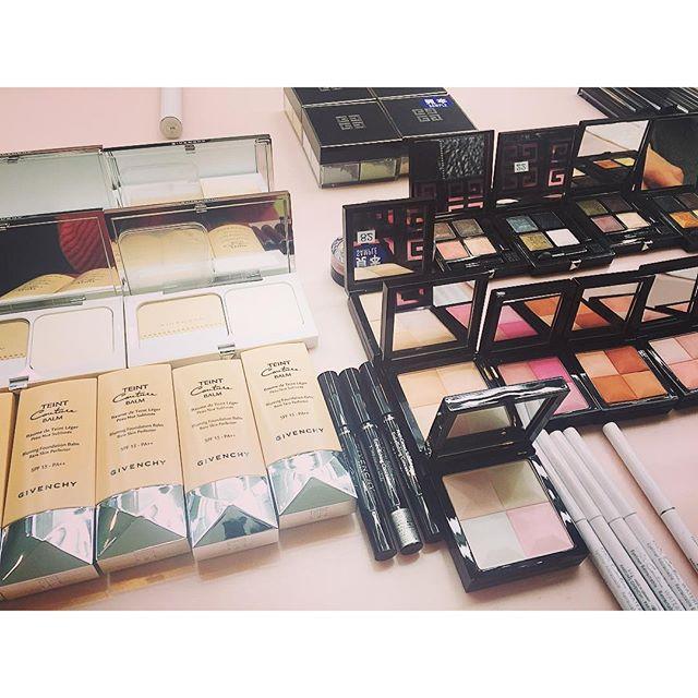 今日は一日beauty撮影!@ellegirl_jp 大好きなメンバーばかりで、とっても嬉しい日.♡...#ellegirl #online #shoot#makeup