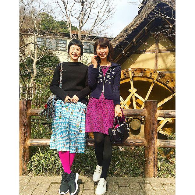 ヴィヴィッドピンクを合わせて👭...#Sisters#fashion #off#ootd#outfit #japan #深大寺