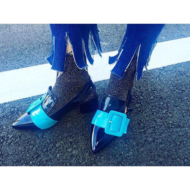 今日もタコさんdenimでした️!...#IZUMIsfashion #ootd #outfitoftheday #denim #shoes #socks#リメイク #パンプス