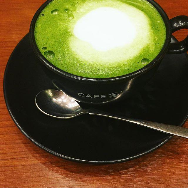 抹茶が濃くて美味しい。️♡...#tullys #cafe会 #greentealatte #抹茶ラテ