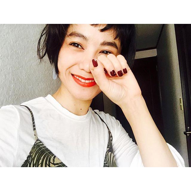 ポカポカ.♡、、、#IZUMIsfashion #ootd #outfitoftheday #IZMAKE #makeup #self #nail #lip