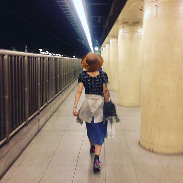 急いでるところを撮られていた。photo by sister.good night.★