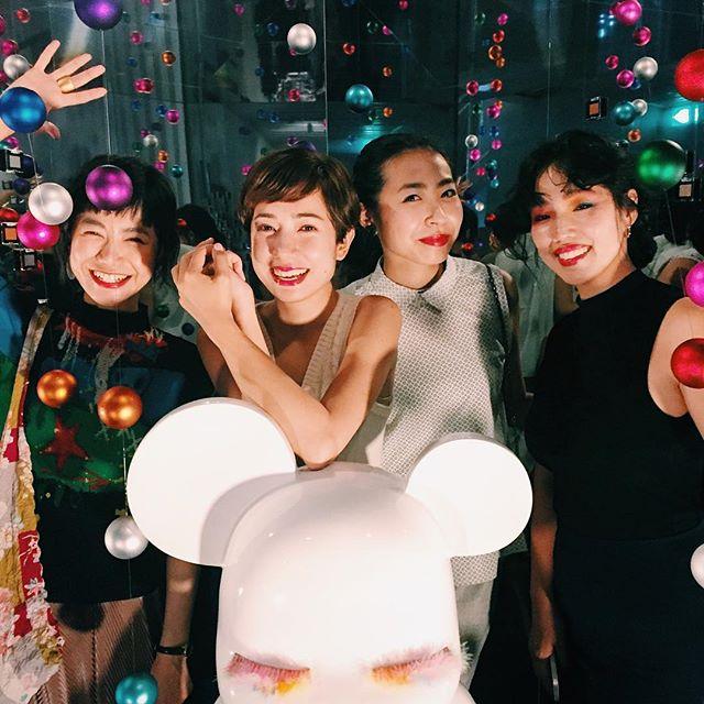 shu uemura party.みんなの自然な笑顔がだいすき。みんなが幸せであってほしい。素敵な夜でした。♡、、、#shuuemura #shuカラーホリック