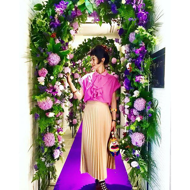 お花のアーチが可愛すぎた。♡、、、#izumisfashion #ootd#pink #WEAR更新