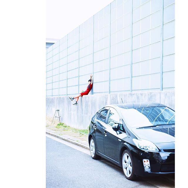 登ってみたり。photo by Takeshi Sinto.#izumisfashion