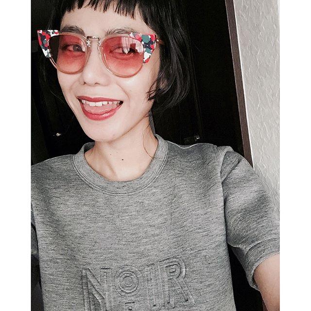 初のカラーレンズ😎😎😎#izumisfashion #sunglasses #pink#WEAR更新