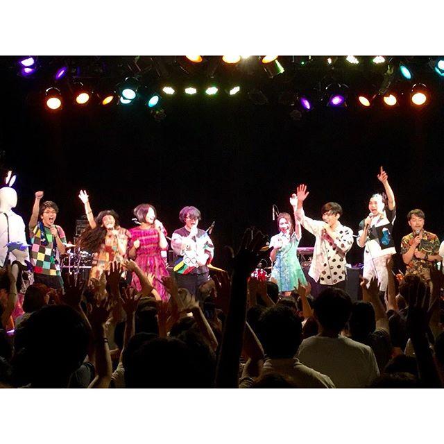 .Sugar's Campaign 東京公演!@代官山unit 無事終了!!!本当にたくさんの方が足を運んでくださり、満員御礼で感無量です。アンコールは全員で!👬👬.#sugarscampaign #代官山unit #live