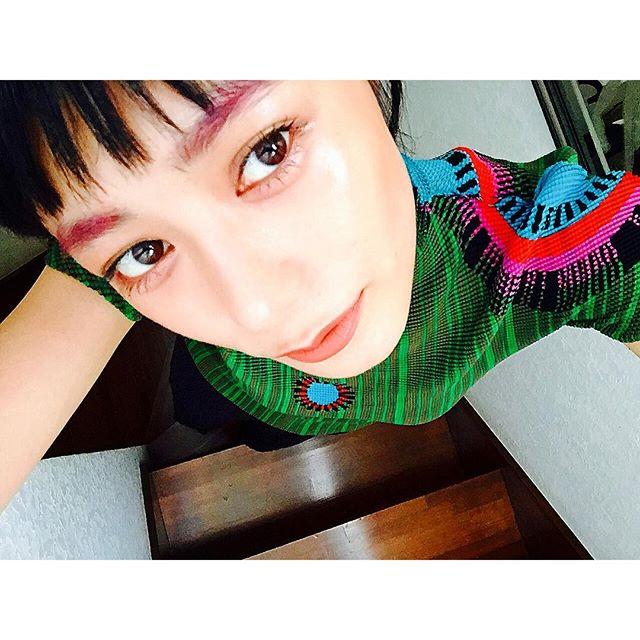 .Today's make up...♡@shuuemura_jp のアイブロウマスカラ@bobbibrown の美容液ファンデーション@maccosmetics のLip#izmake #izumisfashion #shuuemura #bobbibrown #maccosmetics