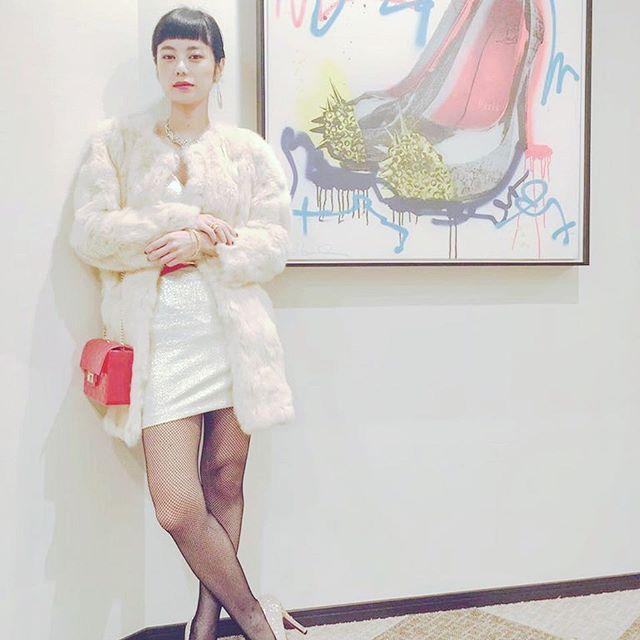 .新宿スワンⅡの撮影初日の衣装。撮影はちょうど一年前くらい。この作品に関わらせてもらえたこと、ほんとに本当に感謝です少しは成長出来てるのだろうか。公開まであと2週間!!#新宿スワン2 #キャバ嬢 ##1月21日 #公開 #映画 #園子温