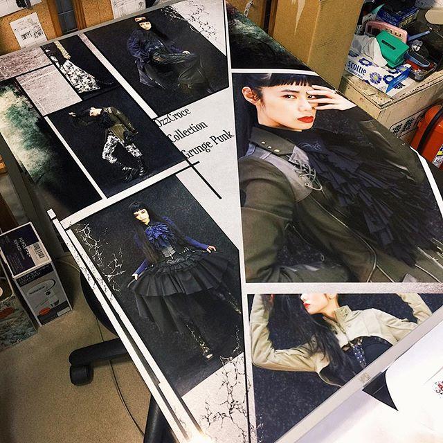 .撮影したものがこうやってポスターになるの、とってもうれしい。@ozzonjapan の店頭にあるよ見つけてくれたらうれしいな💭#OzzOn #ozzonjapan #rock #japan