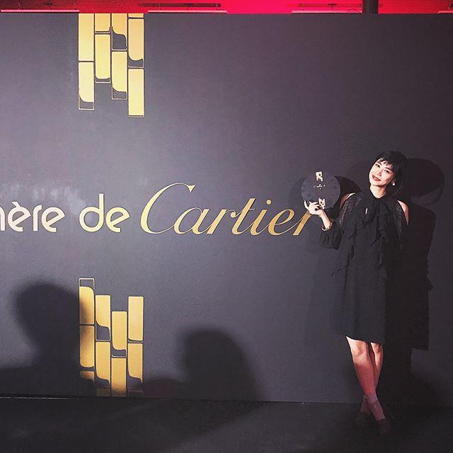 Cartier🥂♡ドレスコードが大胆なというテーマだったので、肩出しちゃった🏻来月でついに30代になるので、大人な女性へとなれるといいなぁ🏻#Cartier #party