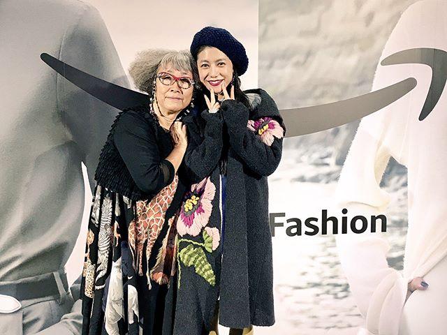 showが終わって、デザイナーTOKUKOさんや、レナウンの方々と️ブランドとしても会社としても、何よりみなさんの人柄に益々惹かれたトクコプルミエヴォルでしたもうすぐみんなにお知らせもあるので、楽しみにしててね️.#tokuko1ervol #amazonfashionweek #tokyo #fashionshow #tokuko #love