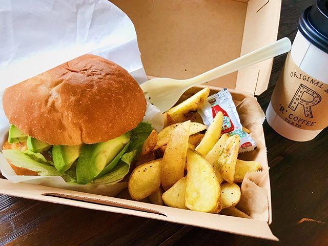 今まででいちばんすきなアボカドチーズバーガー#hamburger #demoder #superlative