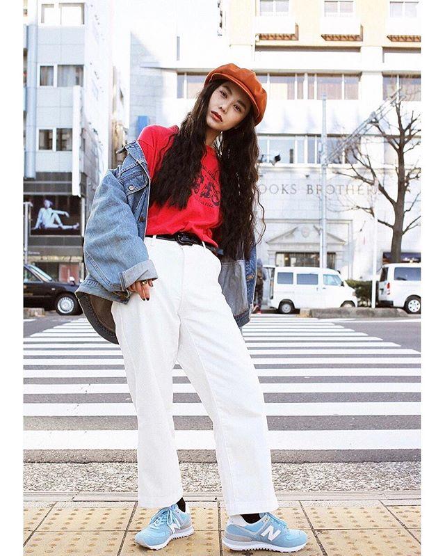 私服2style @ellegirl_jp newbalanceの春の新色、可愛い色たち📸 @saeka_shimada_ #ellegirl#online#nb574withellegirl #newbalance #izumisfashion