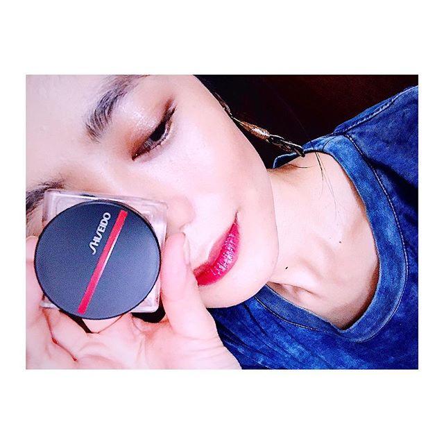 .パッケージの高級感と、肌になじみやすくてラメ感がいやらしくなく、普段使いしやすいところがお気に入りのSHISEIDO新作アイテム♡私はブラウン系のリップに重ねたり、ハイライトの感覚でチークとしても使いたいなぁ。マルチに使えるアイテム◎#shiseidognzatokyo#shiseidomakeup#BeautyReimaginedTokyo#ELLEpromotion