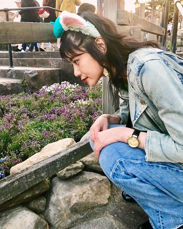 #disneysea に行ってきた〜久しぶりすぎて、2枚目の顔が子ども🧒お花がどうやら好きらしい。