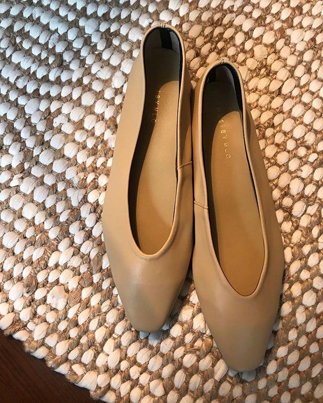 :)PUレザーのフラットシューズ🥿♡愛しい。♡価格もやさしく、お手入れが簡単なレザー◎#shoes