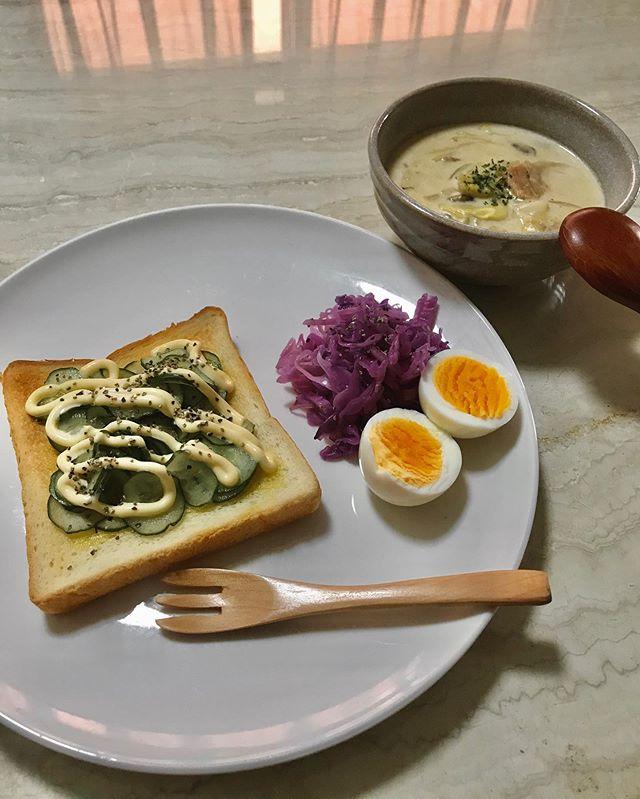 :)good morning.♡朝からしっかり食べて、今日も一日元気にいきましょー٩(^‿^)۶#breakfast